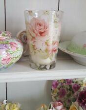 Pretty rose candle