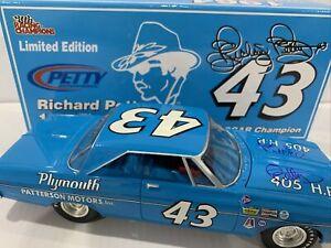 Richard Petty Autographed #43 1964 Belvedere STP Daytona 500 Winner 1/804
