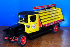 1928 INTERNATIONAL COCA-COLA DELIVERY TRUCK by DANBURY MINT