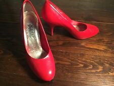 FREDERICKS OF HOLLYWOOD CANDY APPLE RED LEATHER PUMP WOMENS SIZE 8M, CUTE&SEXY