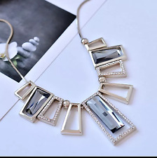 Fashion Stylish Gray Rhinestone Ladder Cluster Necklace with sliver chain