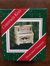 HALLMARK 1987 CHRISTMAS KEYS PIANO ORNAMENT