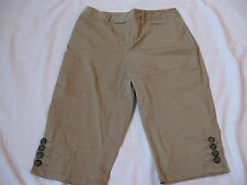 Womens ST. JOHN'S BAY khaki shorts, 4P