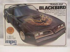 MPC  SE  Pontiac Trans-Am  Blackbird  Model Kit NIB 1:25 scale  (316H)  1-0777