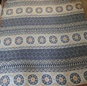 Pottery Barn Blue Pia Medallion Cotton Quilt Full Queen EUC
