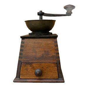 Vintage Wood & Cast Iron Coffee Grinder MG Garantirt Shop Display