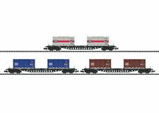 """Trix N 15961 Güterwagen-Set """"Containertransport"""" Vorbild: Drei vierachsige Tragw"""