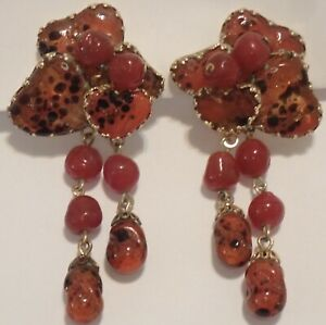 VINTAGE VOLUPTE JULIO MARSELLA GOLD PLATE POURED ART GLASS BEAD EARRINGS
