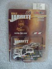 #88 UPS 2002 Ford Taurus Dale Jarrett  NASCAR Action Total Concept 1:64