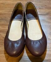 Bass & Co Womens Leather Flats Size 6