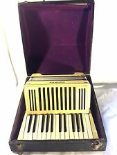 Vtg Hohner 12 Bass Super Accordion / Accordian w Case & Straps Made in Germany