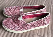 Toms Women's Woven Red White Diamond Slip-ons size 9 Shoe Thick Sole