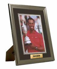 """Tiger Woods mano firmado en persona """"Foto Enmarcada & montado gran regalo"""" UAAC cert. de autenticidad"""