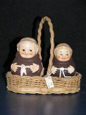 +* Goebel  Archiv Archivmuster Friar Tuck Mönch Pfeffer und Salz mit Körbchen