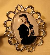 Shiny Rim Festooned Silvertone Katherine Kate Hepburn with Book Cameo Brooch Pin