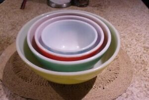 Vintage Pyrex Glass Primary Colors 4 PC NESTING MIXING BOWL SET 401 402 403 404