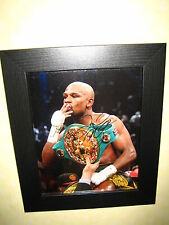 Floyd Mayweather Jr. Excellent Signed Photograph (8x10) Framed