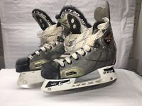 CCM Vector 2.0 Youth Ice Hockey Skates Youth Size 2D