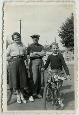 PHOTO ANCIENNE - VÉLO ENFANT BICYCLETTE - BIKE CHILD BICYCLE - Vintage Snapshot