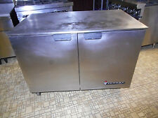 VICTORY COMMERCIAL 2-DR. UNDERCOUNTER WORKTOP FREEZER, NEW COMPRESSOR, 3 Yr WARR