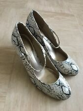 Mark and Spencer Snakeskin Mary Jane Shoes  Size 5 1/2