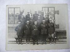 photo ancienne de  militaires