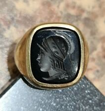 9ct. Gents Yellow Gold Signet Ring with Centurion Design, Size T , 9.47gr