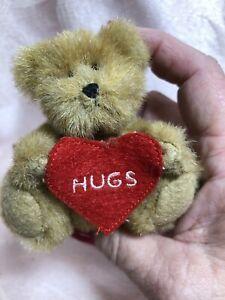 Boyds Bear Mini Plush Bear ~ Hugs