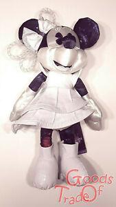 DISNEY Minnie Mouse Main Attraction / Limitiert / Januar Maus 01/12 / Neu & OVP