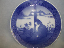 Royal Copenhagen Collector Plate Christmas Rose and Cat 1970