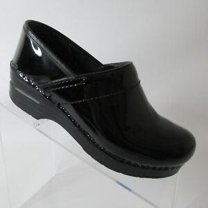 Dansko Women's Professional Clogs Slip On Black Patent Leather Size 6/36