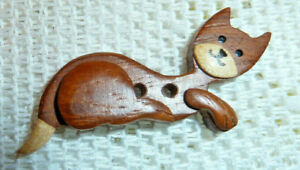 REALISTIC WOOD MARQUETRY KITTY CAT RECLINING BUTTON CRAFT +