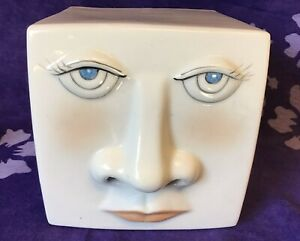 WHIMSICAL 3-D FACE Ceramic KLEENEX Tissue Box Cover Humorous Tissue Out Of Nose