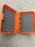 Lots of 2pcs Wind River Gear Threader Fly Box including 3 Threaders