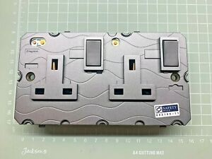 Legrand P/N: 5 726 49 Socket 13A Switched 2 gang DP 13A/250VAC