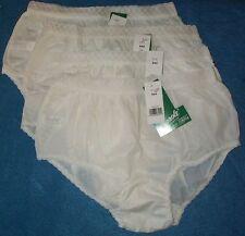 4 pair Size 6 White EMBOSSOLON Nylon HIP HUGGER Panties Feels like Silk USA Made