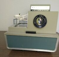 Vintage Argus 500 Automatic Projector Single Slide Model 58