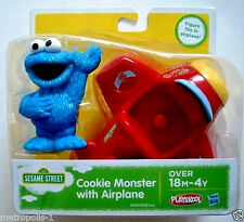 PLAYSKOOL,SESAME STREET,COOKIE MONSTER WITH AIRPLANE,FIGURE & PLANE SET,18M+,NEW