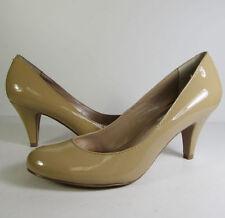 Pumps, Classics Leather Medium (B, M) Kitten Heels for Women