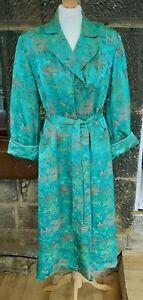 STUNNING True Vintage Silk ? Oriental Chinese Housecoat Robe