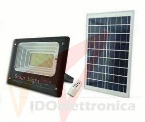 FARO CON PANNELLO SOLARE FARETTO LED ENERGIA 200W ESTERNO FOTOVOLTAICO