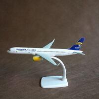 1/200 LOFTLEIDIR ICELANDIC Boeing B737-800 Airplane Display Model