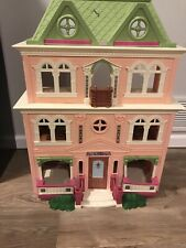 FISHER PRICE LOVING FAMILY VICTORIAN FOLD AND PLAY GRAND MANSION DOLLHOUSE