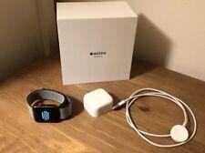 Apple Watch Series 3 cellulaire - 42 mm Olive Sangle-Espace Gris