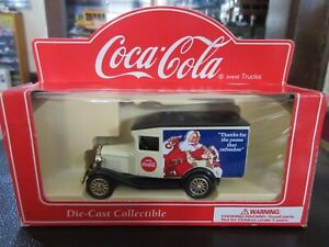 1:55 Coca Cola Ford Model A Delivery Truck Santa Pause That Refreshes Lledo