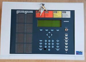 Esser Brandmeldeanlage Brandmeldezentrale IQ8Control C, Neuester Softwarestand