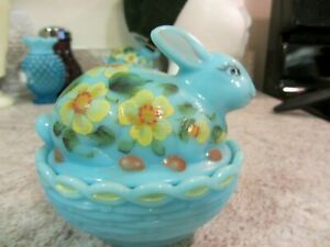 Mosser Bonnie Blue Handpainted Floral Covered Easter Bunny Box, new