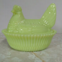 Boyd 5 Inch Pippin Green Glass Chicken/Hen on Nest Dish 1st 5 years