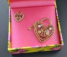 Betsey Johnson Heart Pin Set 2 Lapel Brooch Pink Glitter Love Lock Skeleton Key