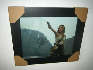 Brie Larson Excellent Hand Signed Photograph (8x10) Framed With CoA